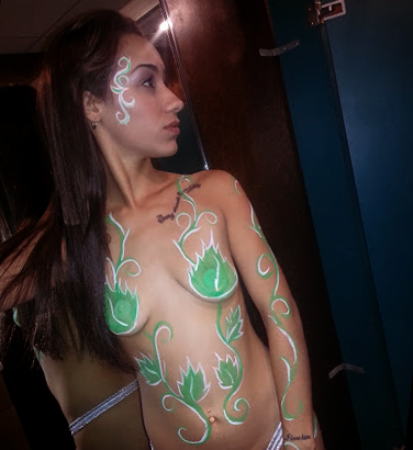 poison_ivy_body_painting