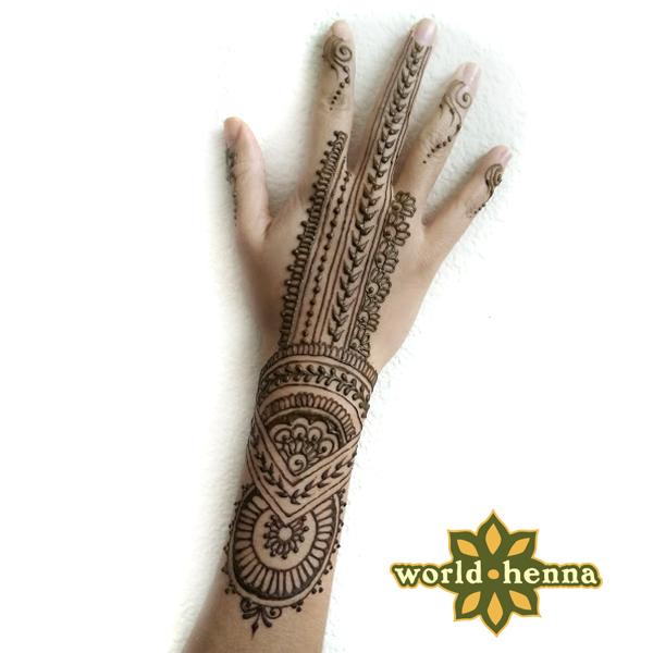 henna_hand_orlando_
