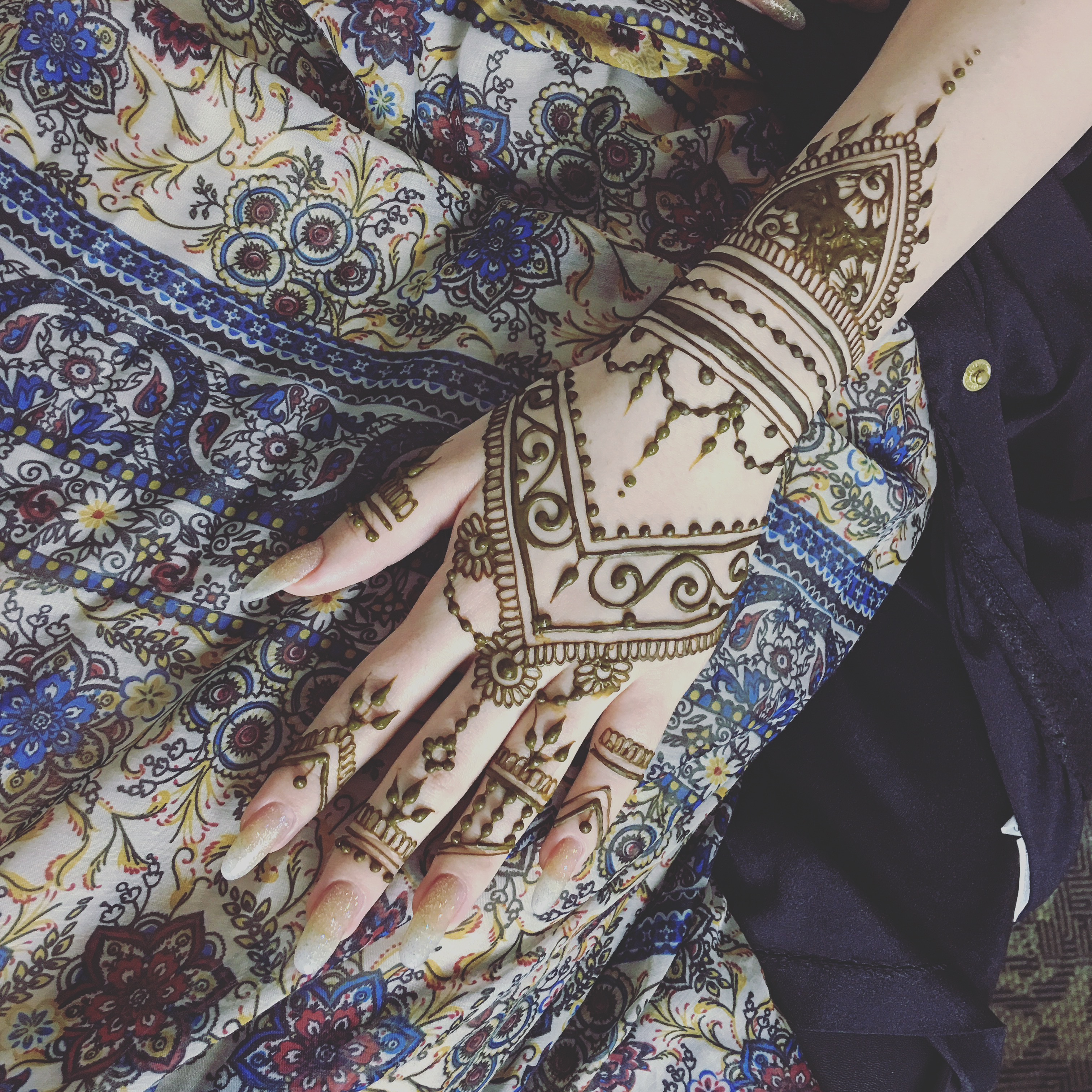 henna_design_hand_no_flowers