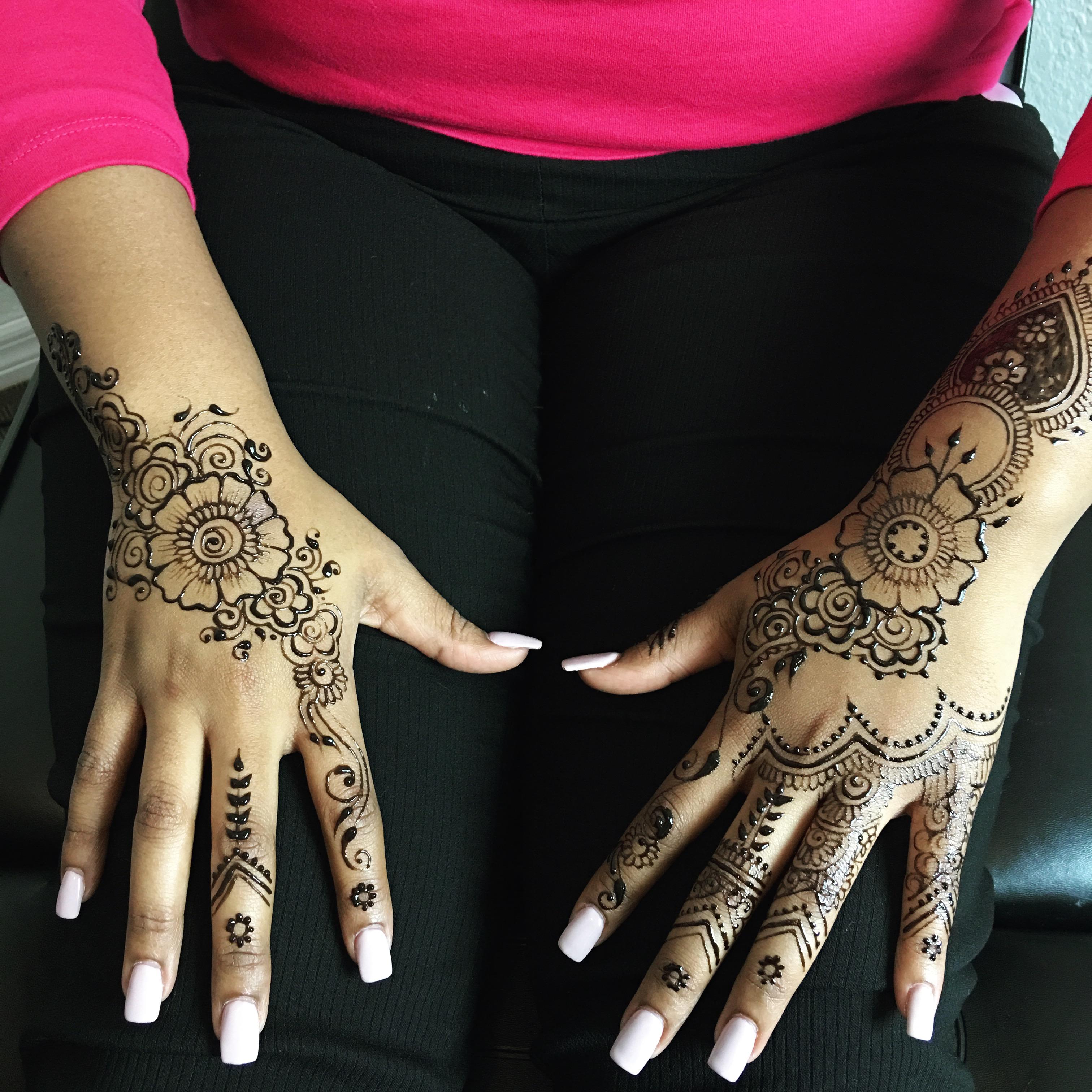 henna_hands_orlando