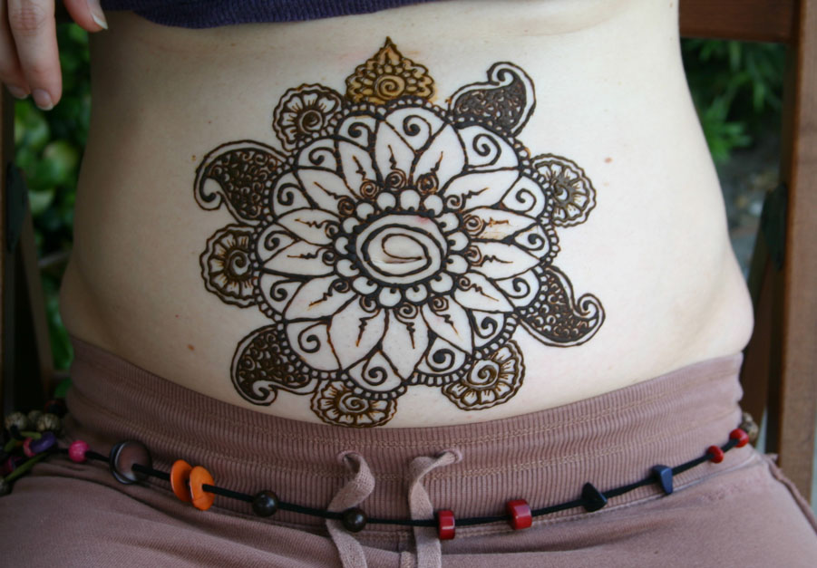 belly-henna-design-2