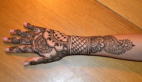midnight_henna